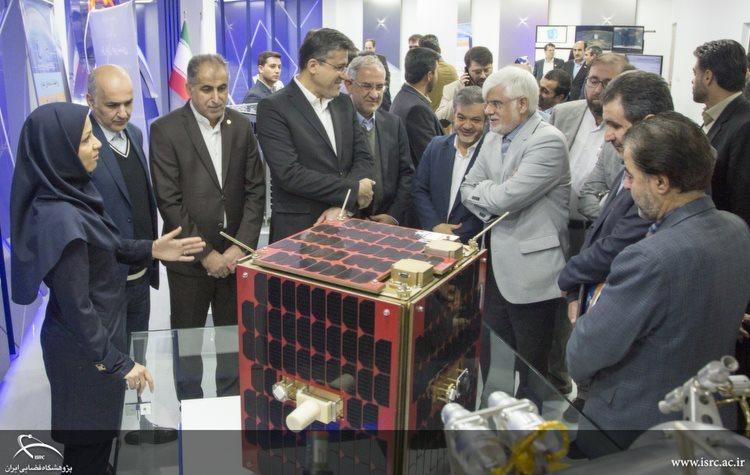 جمعی از نمایندگان مجلس از پژوهشگاه فضایی ایران بازدید کردند