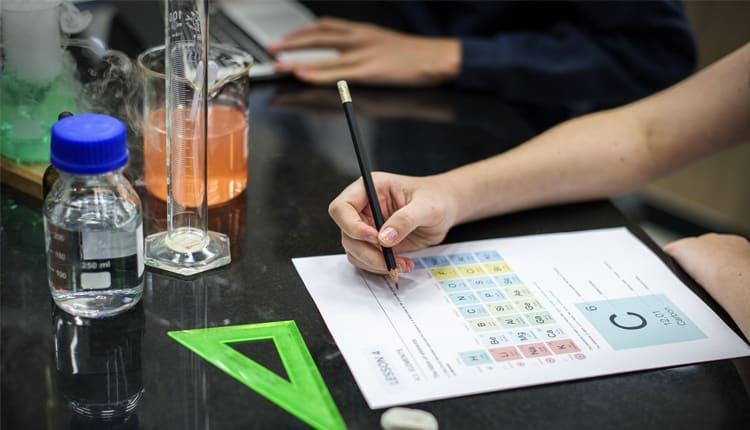 بازار کار رشته شیمی